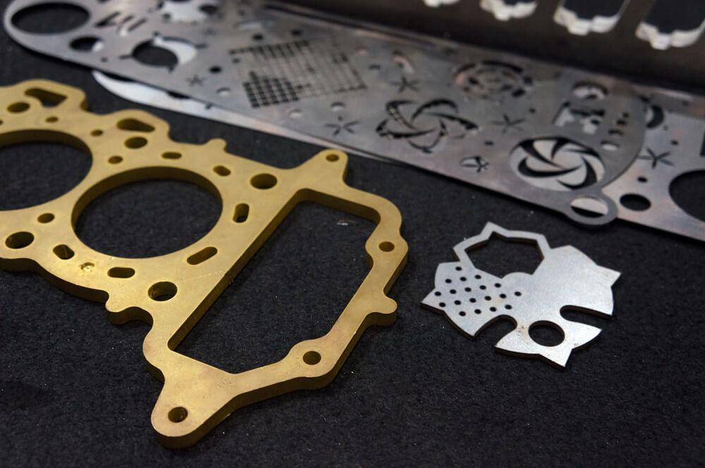 Izredno natančni razrez kovine z fiber laserjem